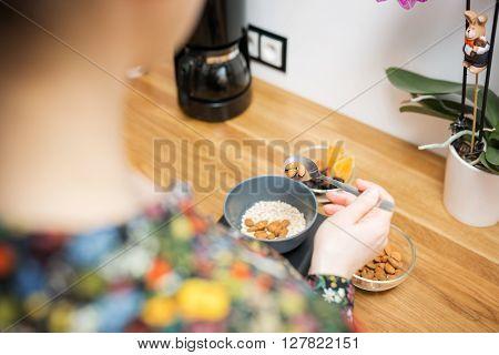 Preparing Healthy And Balanced Breakfast