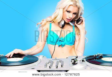 DJ Girl