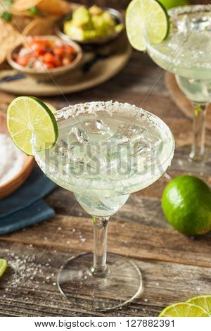 Refreshing Homemade Classic Margarita