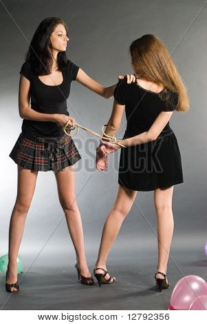 Young women argue