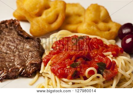 Spaguetti With Fillet Mignon Steak And Potato.