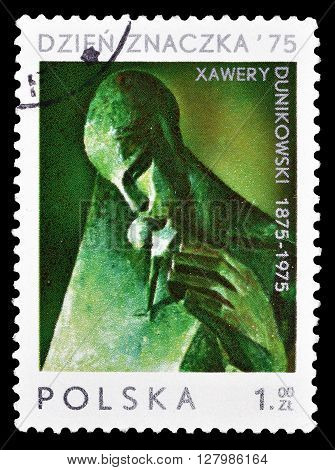 POLAND - CIRCA 1975 : Cancelled postage stamp printed by Poland, that shows sculpture by Dunikowski.