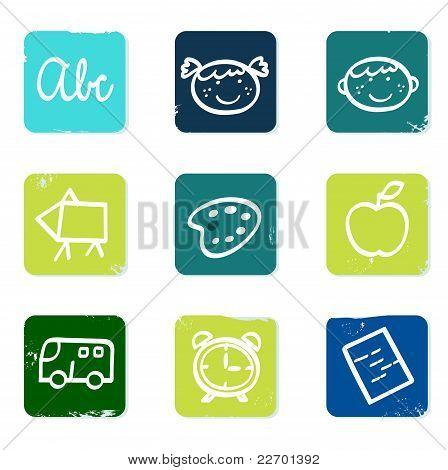 Regreso a la escuela Doodle Icons Set & elementos aislaron en blanco.