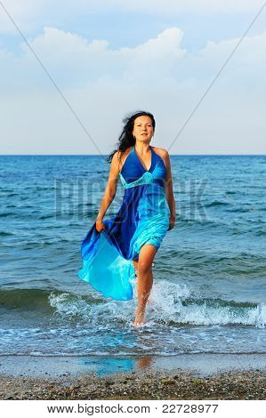 The Attractive Woman Exit The Sea