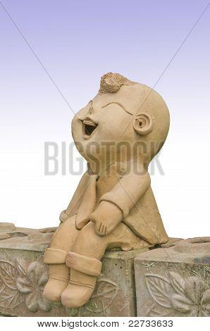 Estatua de sonrisa del niño