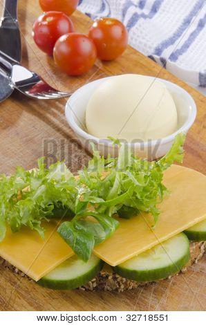 Slice Multigrain Bread With Cheese