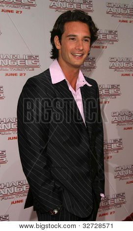 LOS ANGELES - JUN 18: Rodrigo Santoro at the premiere of 'Charlie's Angels: Full Throttle' on June 18, 2003 in Los Angeles, California