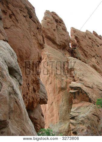 Imponentes rocas irregulares