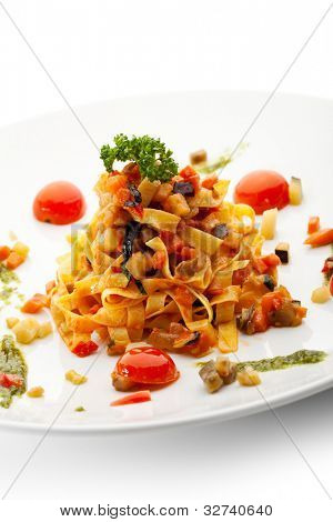 Vegetarian Tagliatelle with Cherry Tomato and Pesto Sauce