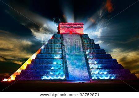Chichen Itza Mayan Pyramid Night View