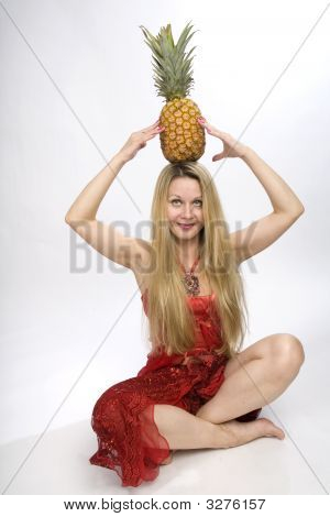 Long Hair Blonde Pineapple