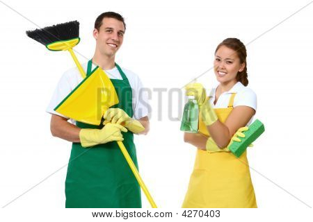 Hombre y mujer limpieza
