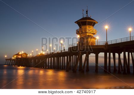 huntington Beach pier twilight