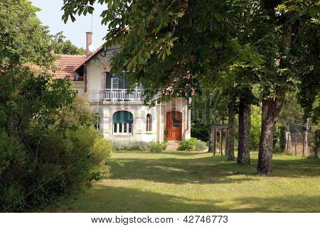 House with a nice garden