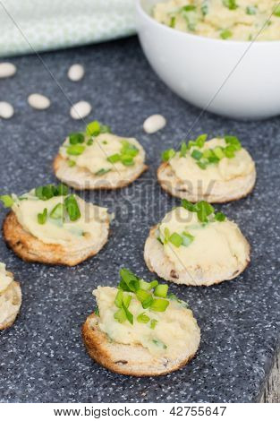 Pate From Whire Beans With Orange Juice