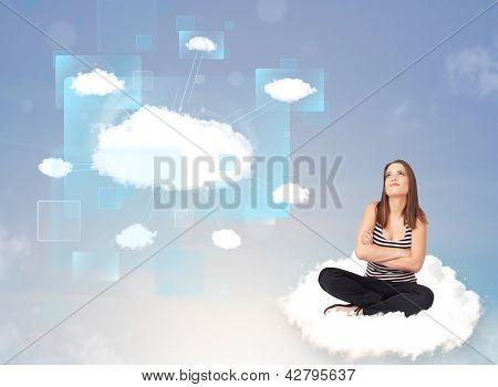 Jovem feliz olhando para rede moderna de nuvem