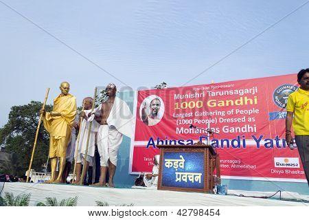 1000 Gandhi Gathering For World Record