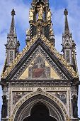 picture of kensington  - Fragment of Prince Albert monument in  London - JPG