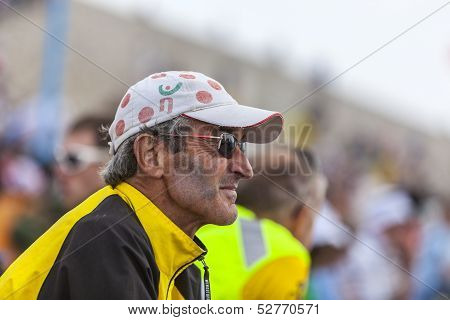 Profile Of Veteran Fan Of Le Tour De France