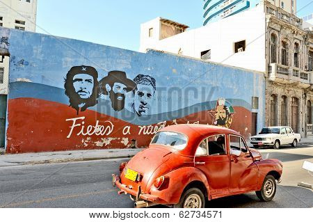 Wall paintings representing the Cuban national heroes