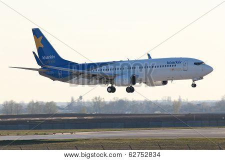 Landing Kharkiv Airlines Boeing 737-800 aircraft