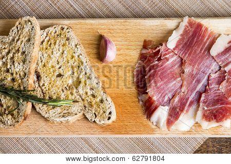 Spanish Ham With Toasts