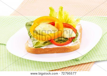 Sandwich With Rusk And Vegetables
