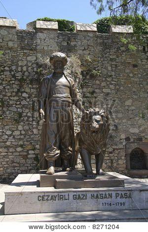 Statue Turkish Castle Cesme
