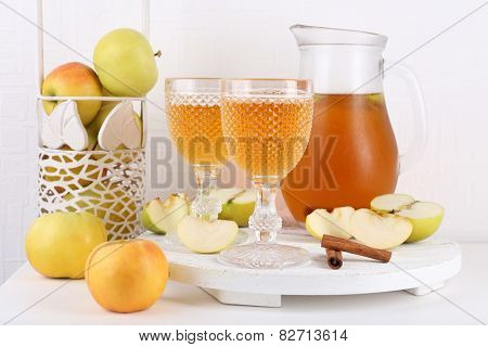 Still life with tasty apple cider and fresh apples