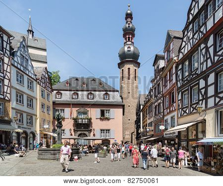 Center Of German Medieval City Bernkastel With Shopping Tourists