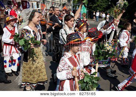 Parade By Festival Participants Of Latvian Youth Song And Dance Celebration Through The Centre Of Ri