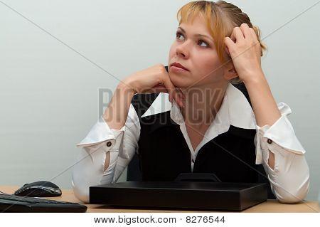Business Woman Decides Question
