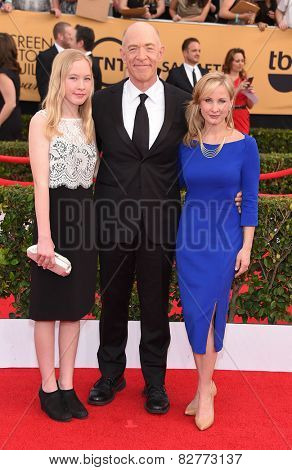 LOS ANGELES - JAN 25:  J.K. Simmons & Michelle Schumacher arrives to the 21st Annual Screen Actors Guild Awards  on January 25, 2015 in Los Angeles, CA