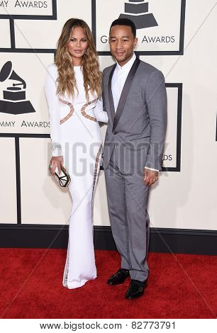 LOS ANGELES - FEB 08:  John Legend & Christine Teigen arrives to the Grammy Awards 2015  on February 8, 2015 in Los Angeles, CA