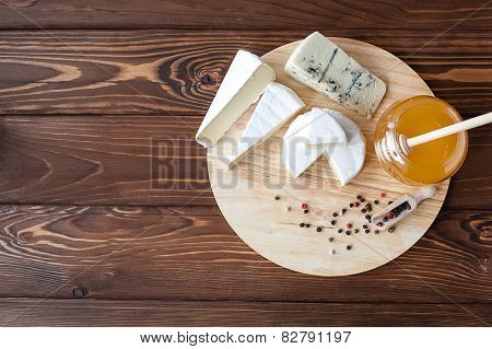 Cheese Plate With Brie, Camembert, Roquefort