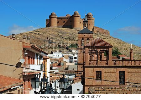 La Calahorra town and castle.