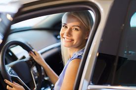 foto of driving school  - auto business - JPG