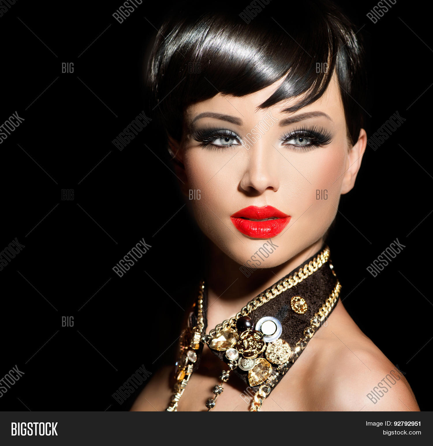 Beauty Fashion Model Girl Short Image Photo Bigstock - Haircut girl model