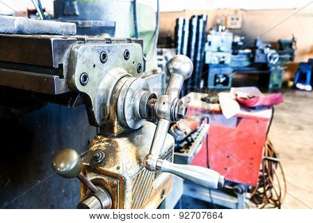 Metal Lathe Machine