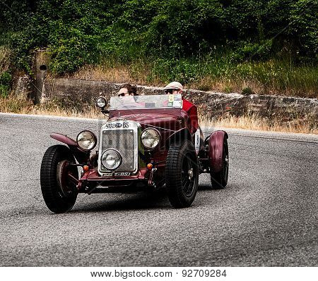 old car O.M. 665 SS MM Superba 2200 1930  mille miglia 2015