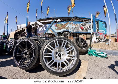 Spare Wheels, Rims And Tires For Drift