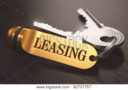 Leasing written on Golden Keyring.