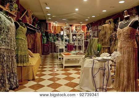 Laceclothes shop in Burano