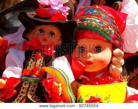 Lowicz dolls.