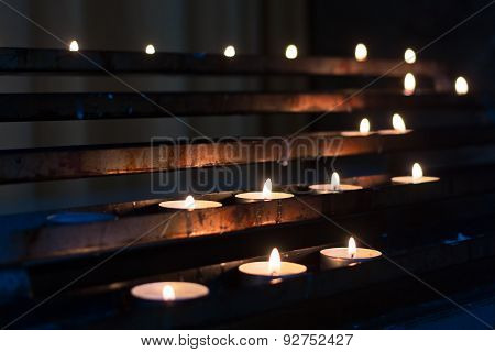 candles in row
