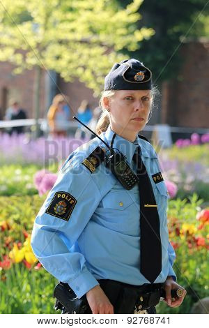 Swedish Police Woman Prepared To Protecting The Royal Family