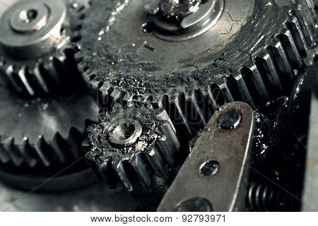 Lubricated Gears Of Vehicular Transmission