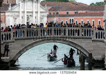 Ponte Della Paglia Bridge In Venice, Italy