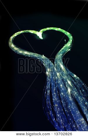 Herzförmiges Fiber Licht Glasfaserkabel.