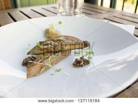 Pan seared Foie gras with apple & raisin chutney